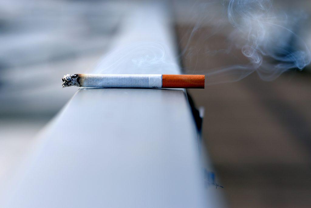 Avoid cigarette smoking - Tips to Improve Brain Health - Human Architecture