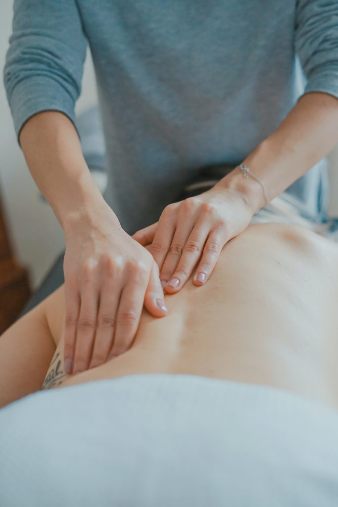Massage Therapist - Quick Guide to Therapists - Mooshoo Human Architecture