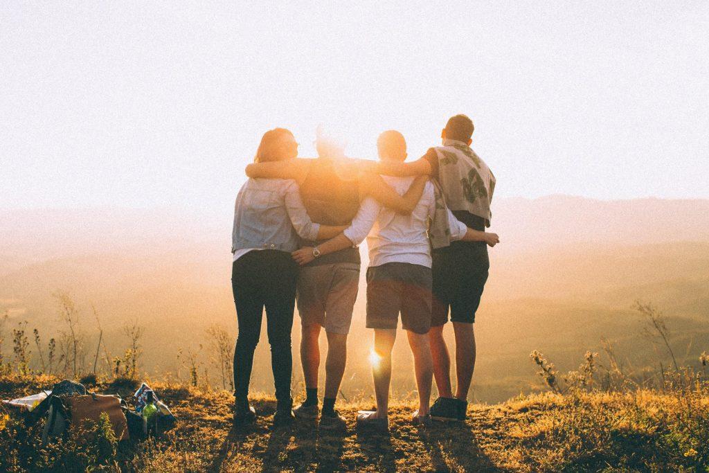 healthy social bonds - Fitness Tips for Longevity - Mooshoo
